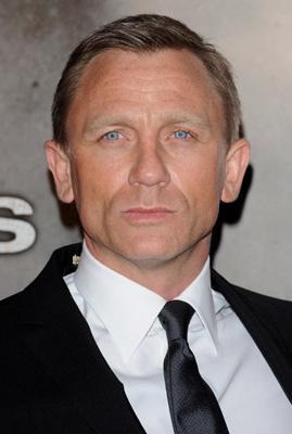 Haircut On Bonds : Daniel Craig Hairstyles Men Hairstyles , Short, Long, Medium ...