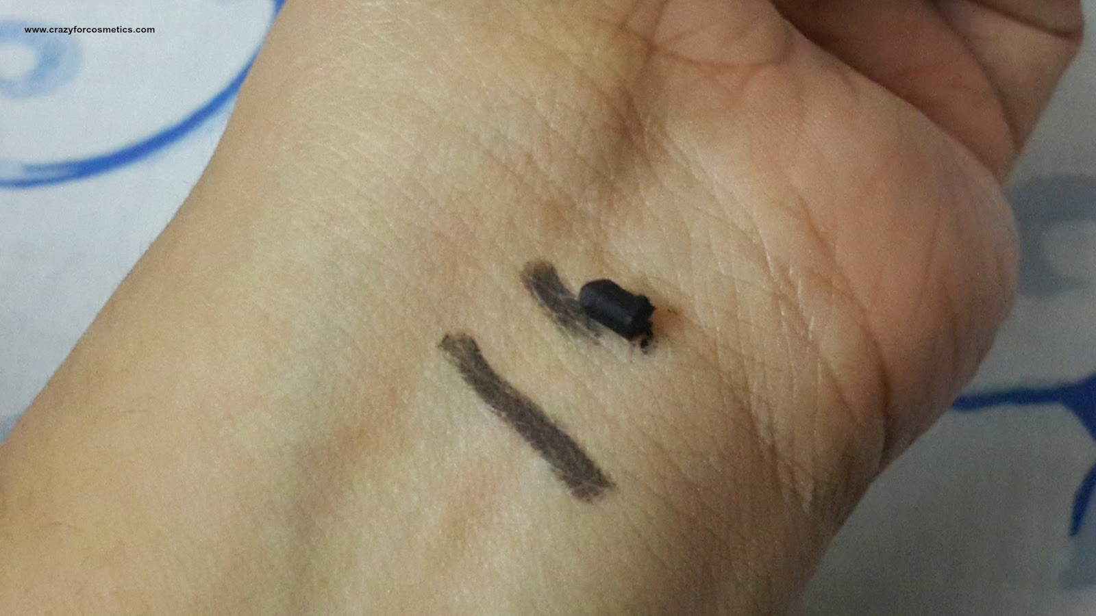 Chambor waterproof stay on eyeliner black review swatches -chambor khol pencil review-chambor eyeliner review-chambore eyeliner india-chambore black eyeliner review-chambor kajal-chambor eye pencil online- chambor eye pencil