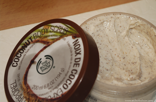 The Body Shop Coconut Body Scrub Review