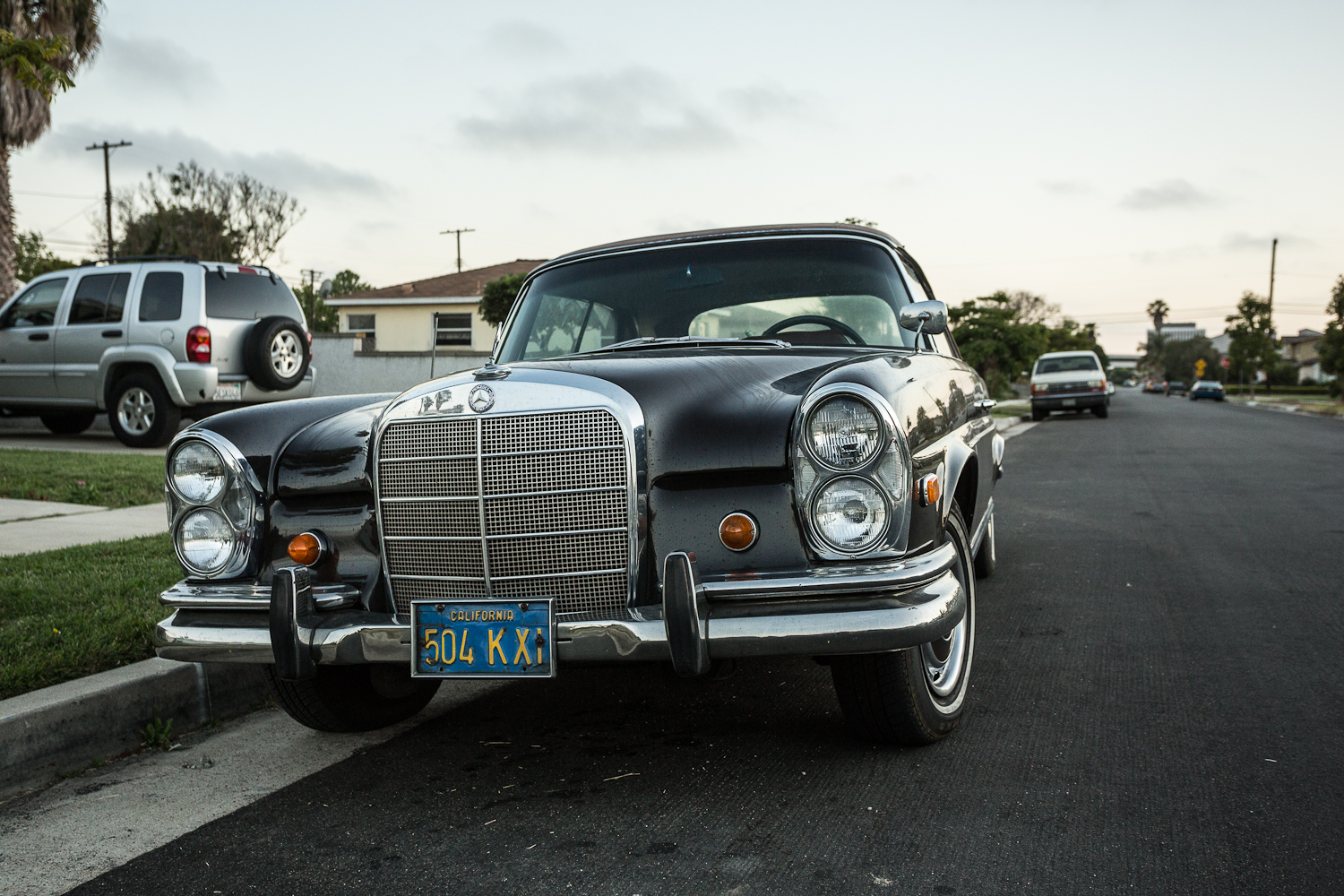 The street peep 1965 mercedes benz 220se for 1965 mercedes benz