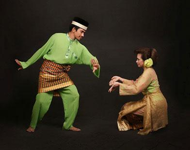 BLOG GITA ^^: Tari Mak Inang