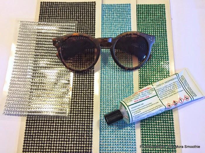 fashion, fashion diy, diy, craft, sunglasses, sunglasses valentino, occhiali da sole valentino, valentino camouflage, sunglasses camouflage e swarovski valentino, DIY valentino, DIY valentino sunglasses,fashionblogger, italianfashionblogge