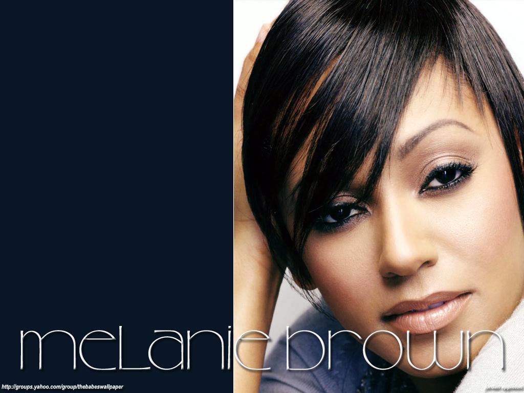http://1.bp.blogspot.com/-bqupx2QeEIc/TmL5NTlX4vI/AAAAAAAAHPA/lvvUrK_pKt8/s1600/melanie_brown_sexy-wallpaper-8.jpg