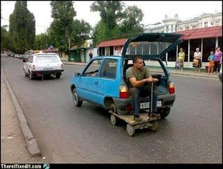 Roda carro improvisada