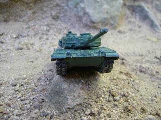 diorama con maqueta en miniatura del carro de combate Leopard 2 a escala