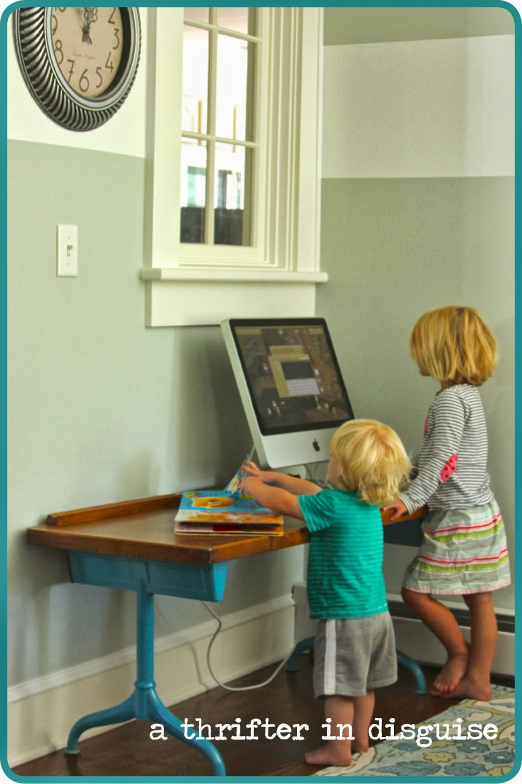 This Vintage Kids Double Desk is Our New Computer Table - A Thrifter In Disguise: Vintage Children's Desk {Super Quick} Makeover