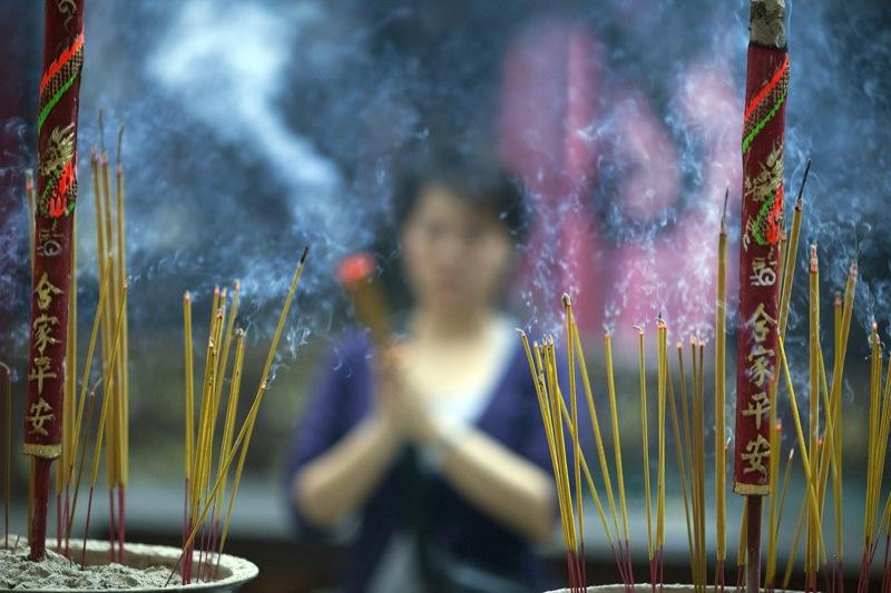 burning sage kill airborne bacteria