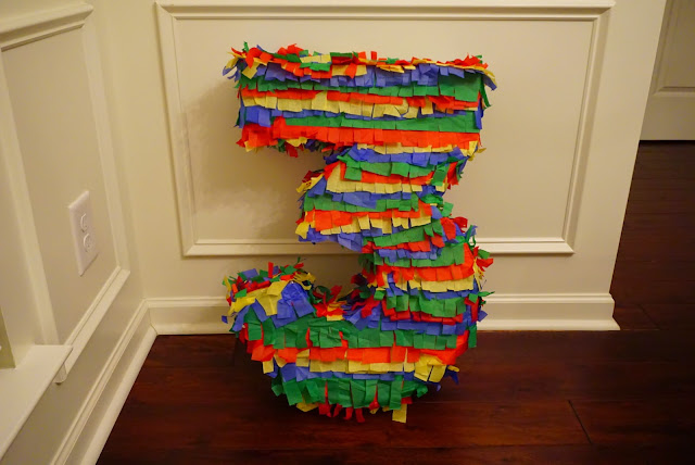 rainbow piñata, DIY, DIY piñata, pinterest, rainbow party, art party,