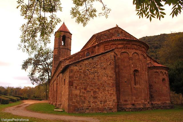 Monestir romanic de Sant Joan les Fonts Garrotxa