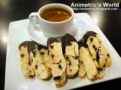 Espresso and Biscotti at Bo's Coffee