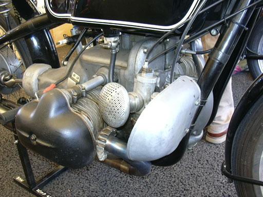 Weiss Und Blau Bmw Kompressor