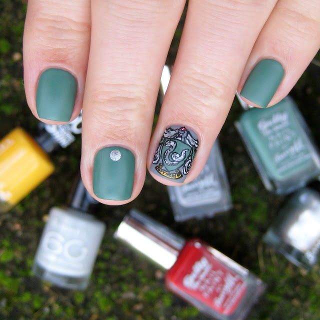 slytherin nail art