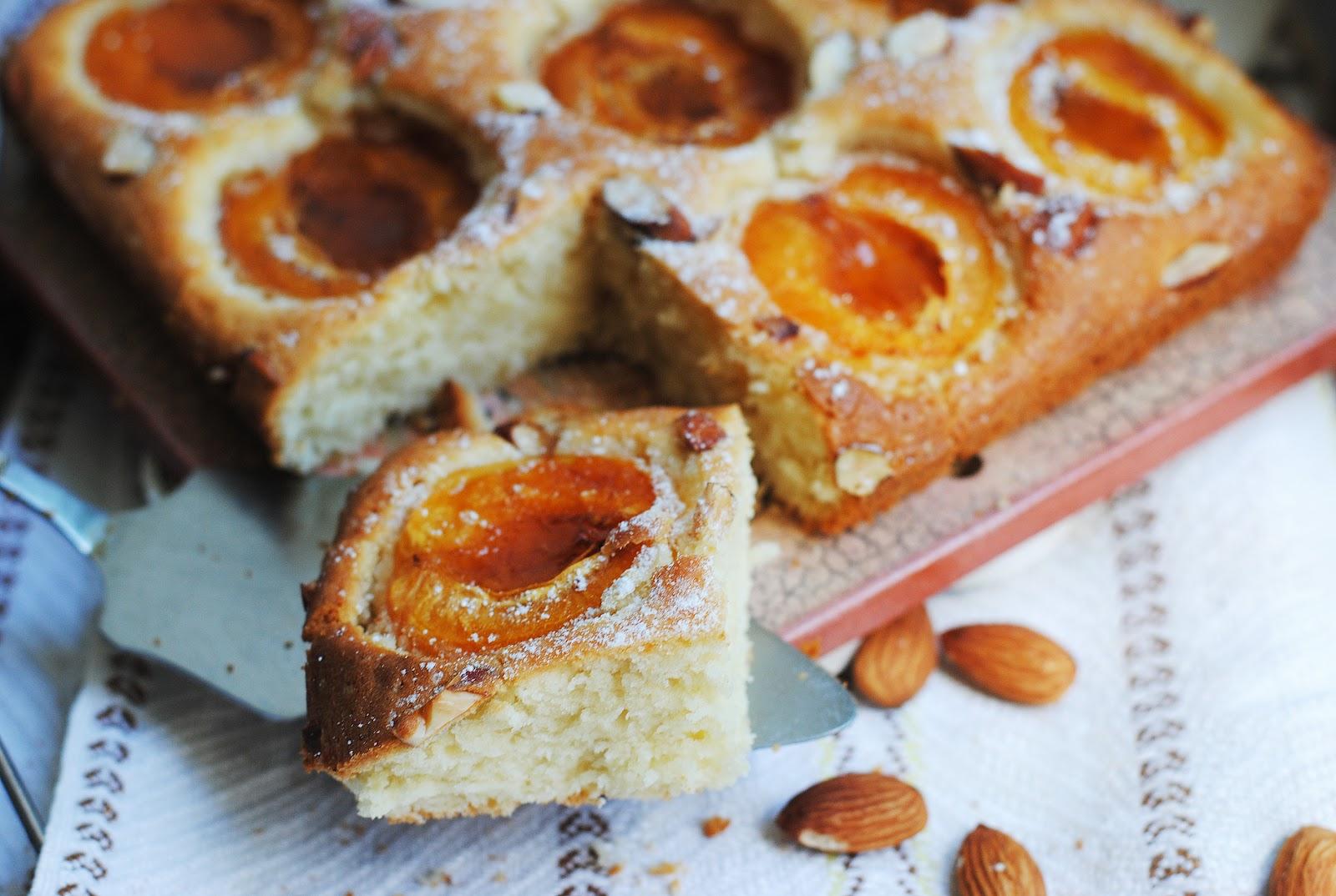 Пирог с абрикосовой начинкой в духовке рецепт
