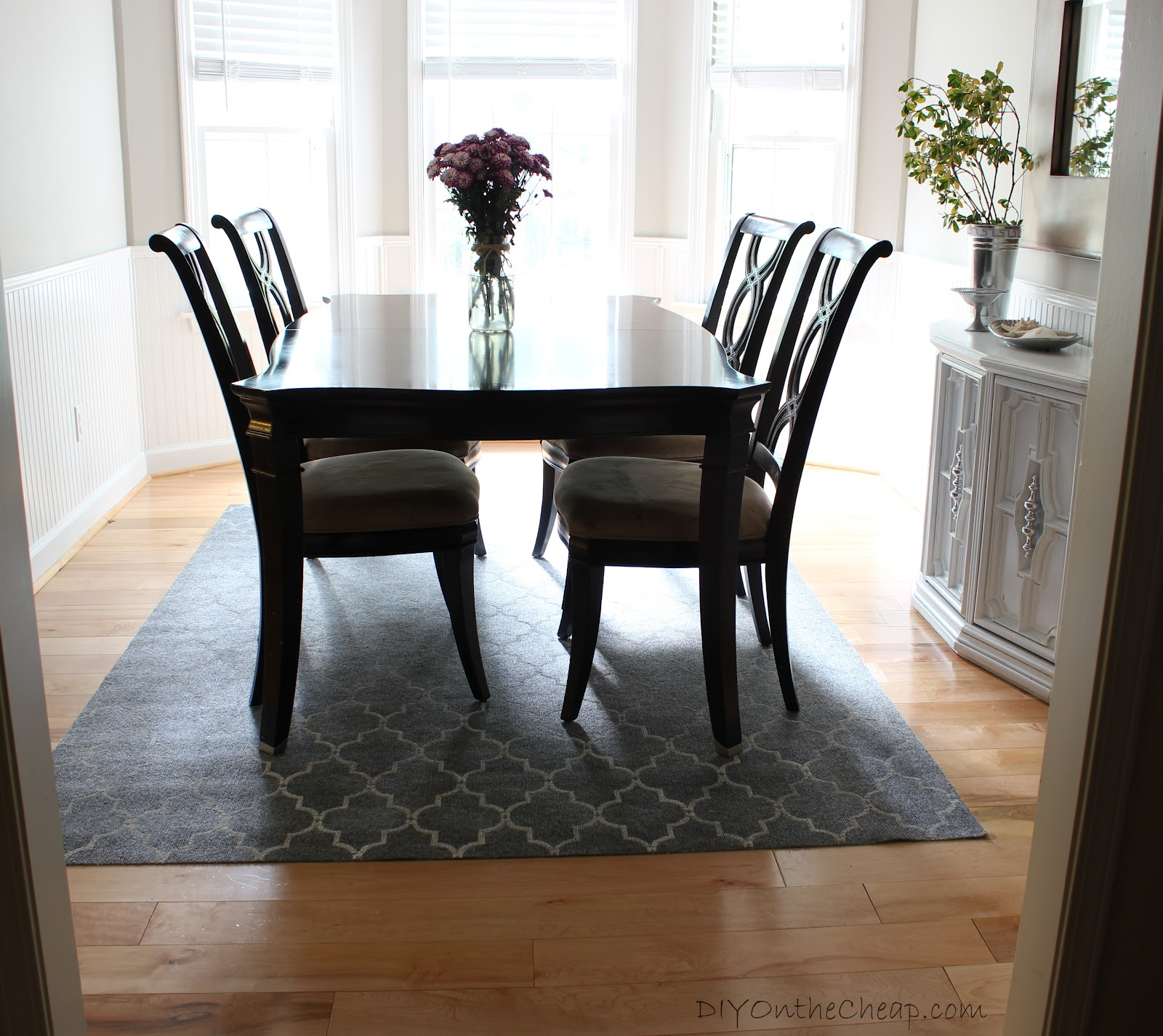 how to stencil a rug on the cheap diy on the cheap. Black Bedroom Furniture Sets. Home Design Ideas
