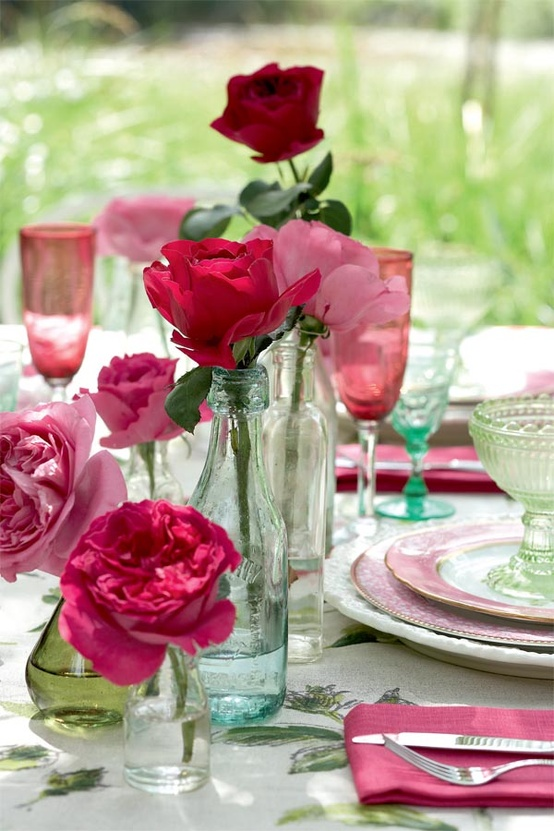 New home design ideas valentine 39 s day party ideas 11 unique table decoration - Red centerpieces for tables ...