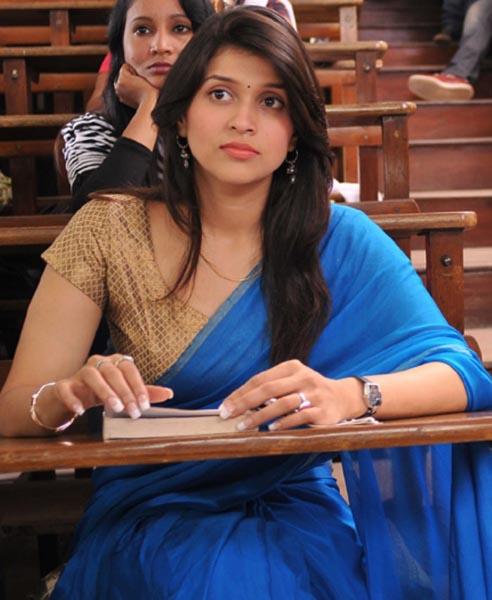 prema geema jantha nai movie actress barbie chopra images6