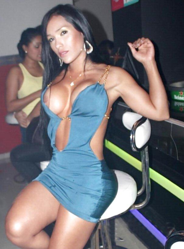 pezones chicas escort colombianas