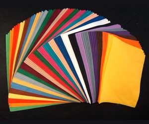 kain flanel atau kain felt dapat digunakan untuk membuat aneka kreasi ...