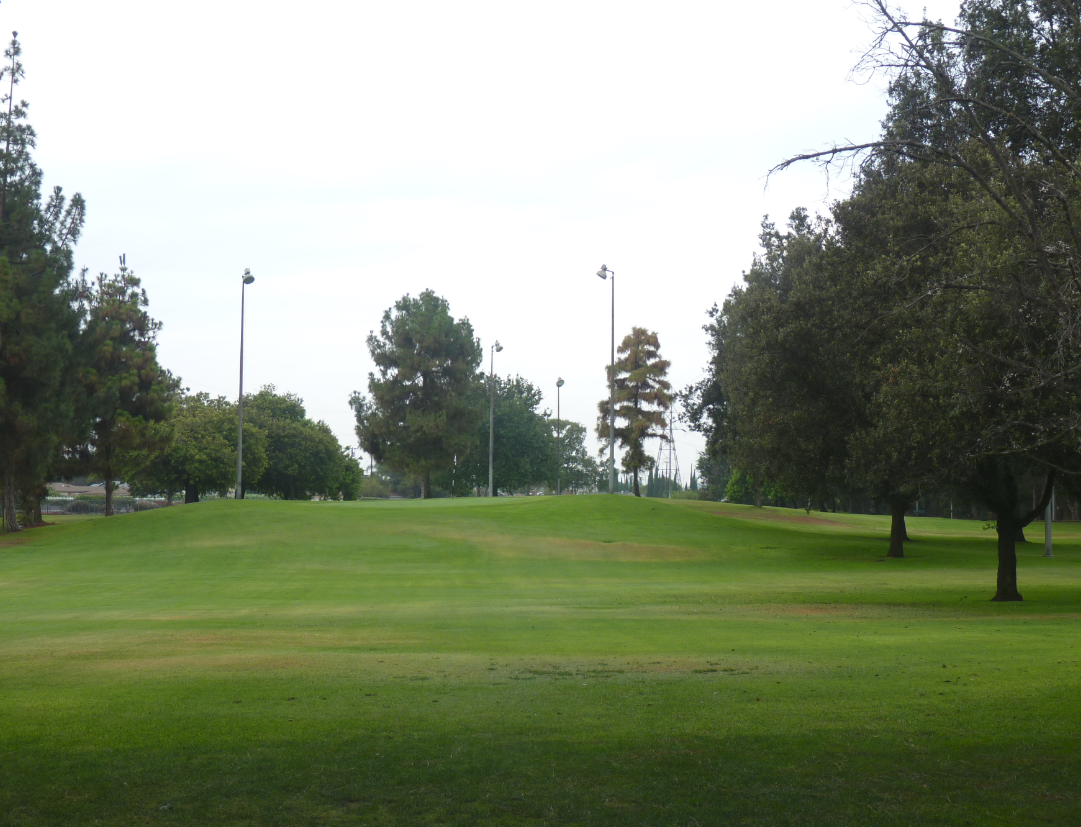 Bell Gardens Golf Course Par 3 Richies World of Golf