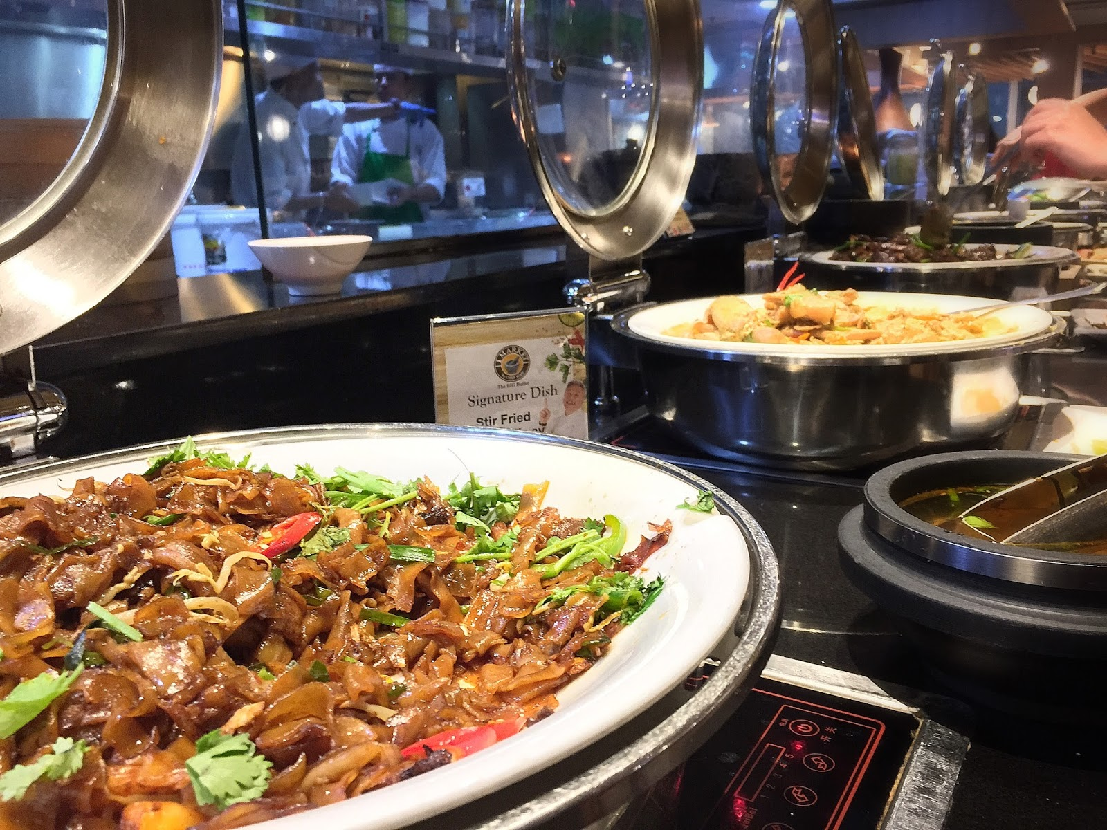 1 Market (Plaza Singapura) - Stir Fried Kway Teow