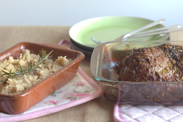 Redondo de ternera asado con puré de alubias blancas