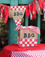 http://aboutfamilycrafts.com/diy-burlap-bbq-decorations/