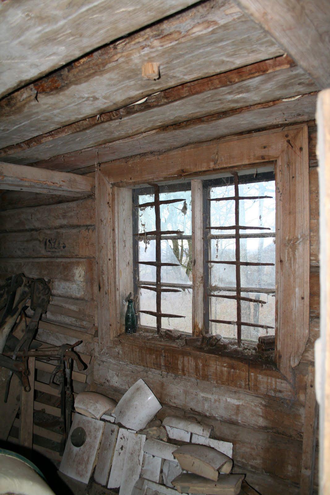 Ett gammalt timmerhus: januari 2012