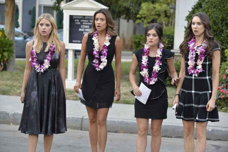 Pretty Little Liars - Episode 5.14 - Through a Glass, Darkly - Promotional Photos