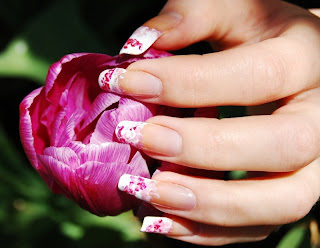 These New Season French Manicure Nail Art Ideas