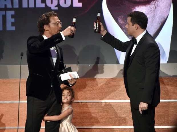 Matthew McConaughey with his daughter Vida Alves McConaughey on awards in Los Angeles