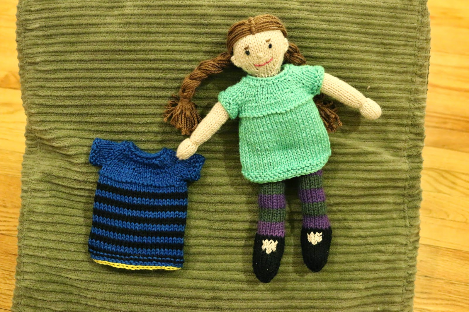 Chemknits july 2015 looking at the striping patterns on the sample dolls i could see that the striped dress is a little longer than the non striped version a feature that i fandeluxe Gallery