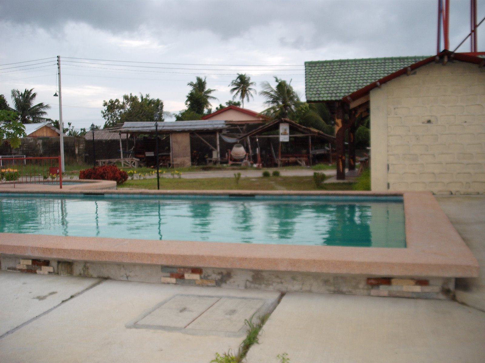 Royal residence iloilo by pansol realty and development corp in brgy sta cruz villa arevalo for Cost of swimming pool construction in philippines