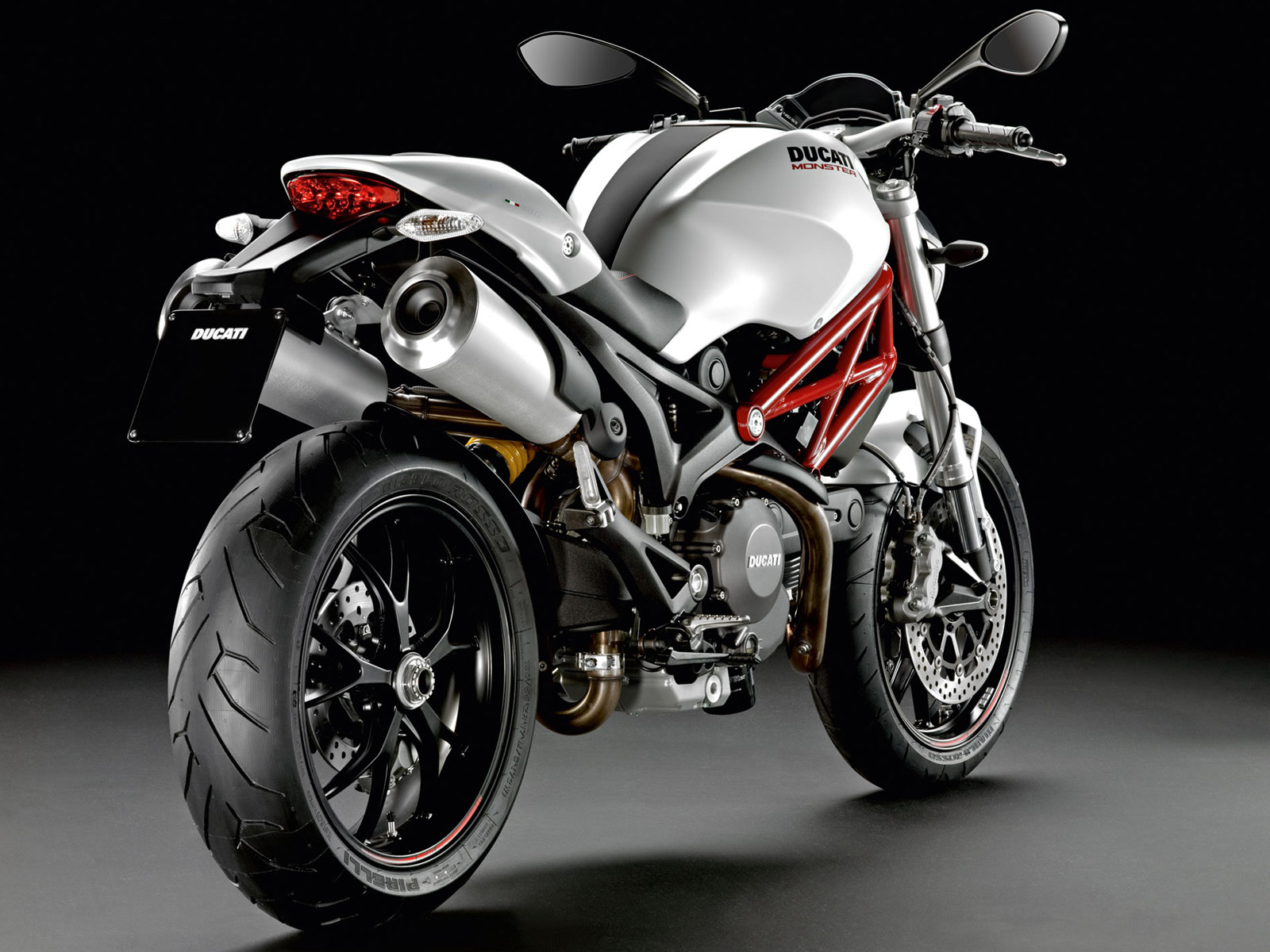 2013 ducati monster 796 motorcycle photos and insurance informations. Black Bedroom Furniture Sets. Home Design Ideas
