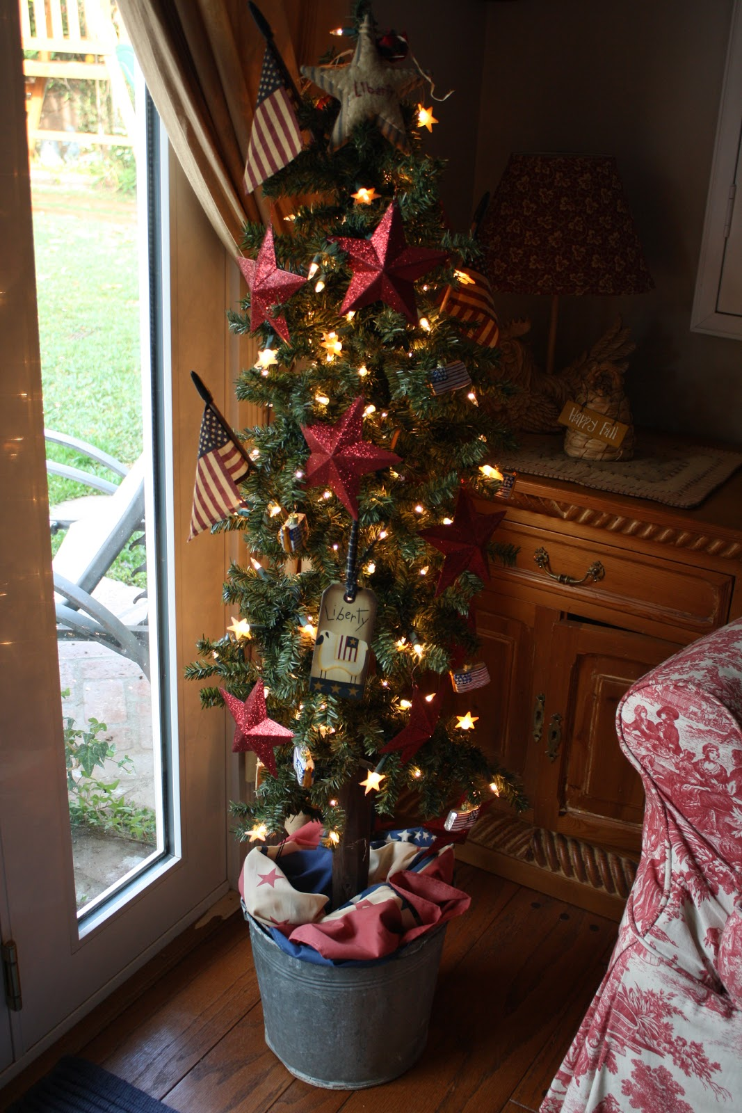 Sunny Simple Life: Red White and Blue Christmas