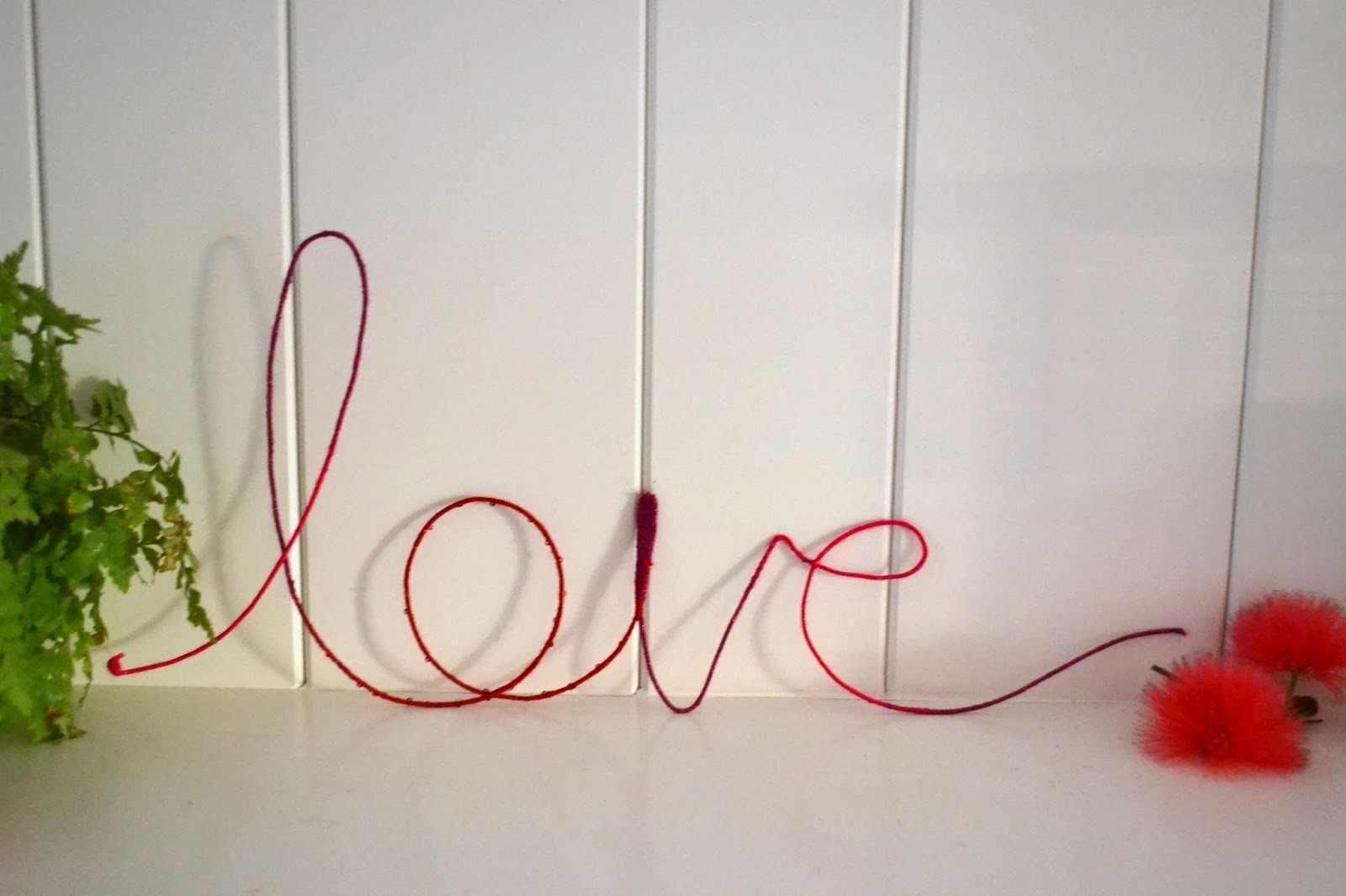 wrapped wire sign, diy, love