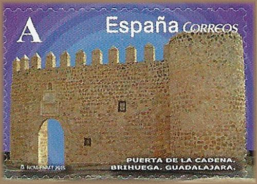 Puerta de la Cadena en Brihuega