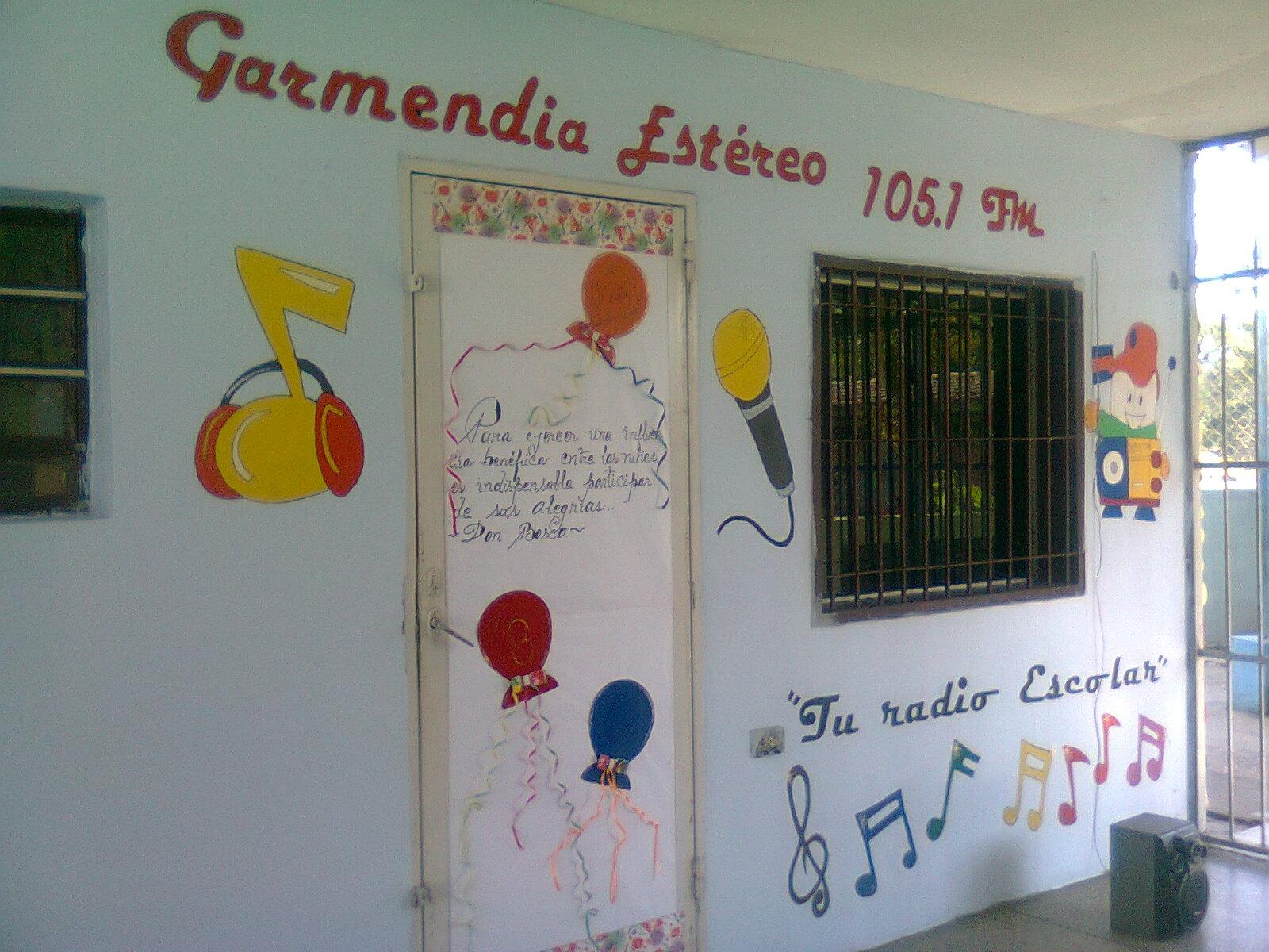 GARMENDIA ESTEREO 105.1 FM