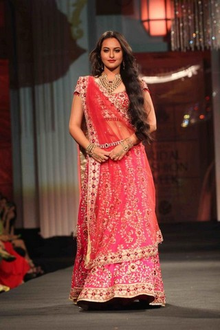 Sonakshi Sinha in Red Saree on Ramp