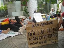 Tiếu lâm Xã Hội Chủ Nghĩa và CS Việt Nam Images+(1)