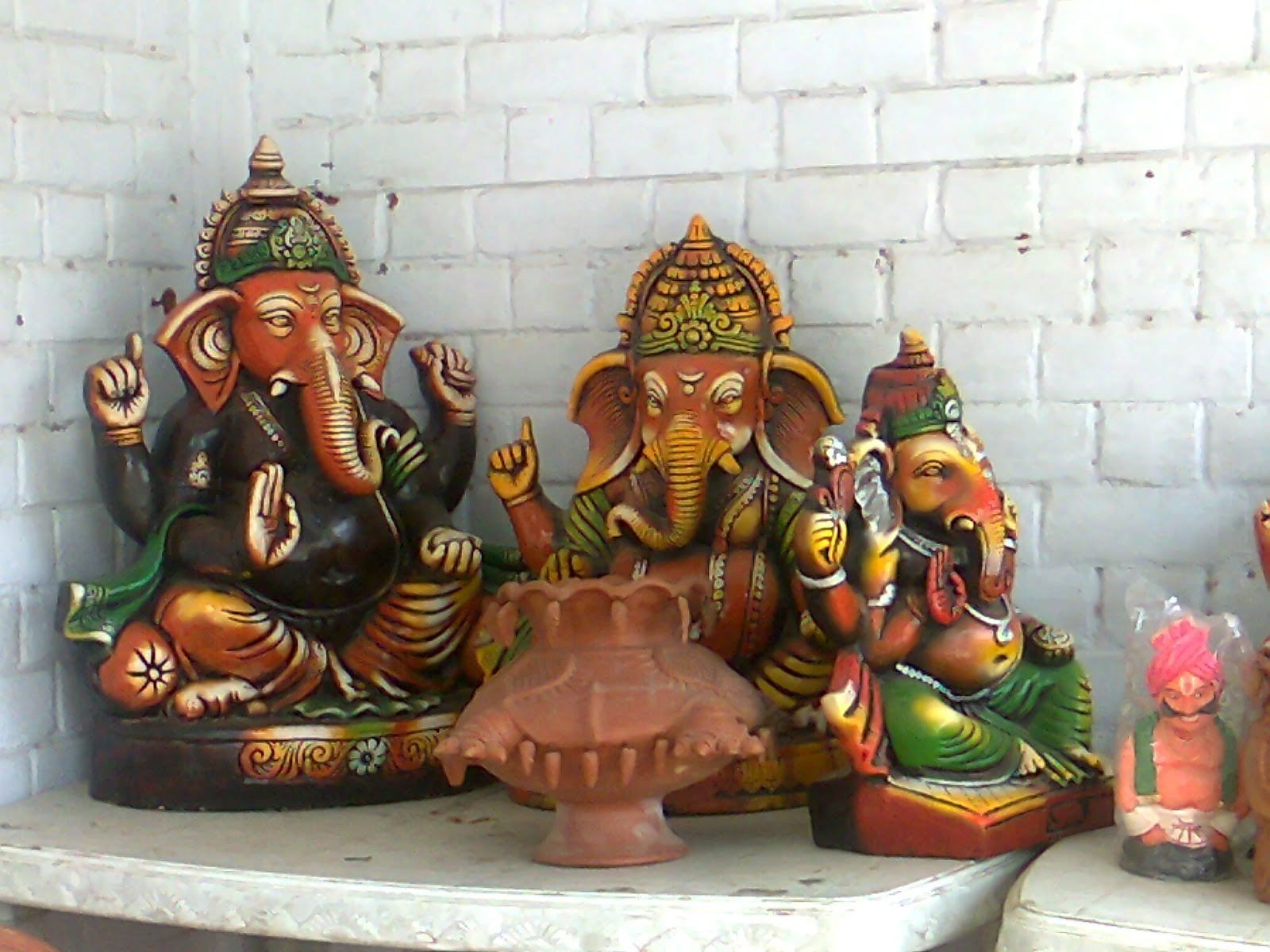 terracotta ganesh idol