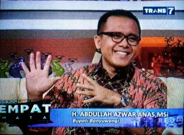 Bupati Banyuwangi Azwar Anas jadi bintang tamu acara Bukan Empat Mata Trans7 yang dibawakan oleh Tukul Arwana