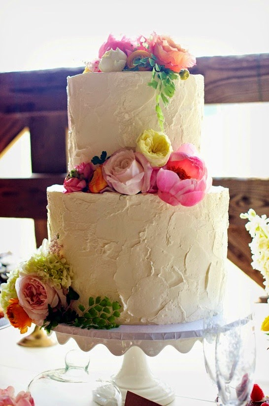 Wedding cake I pinned via southernweddings.com