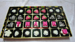 praline 28pcs (can add on huruf)
