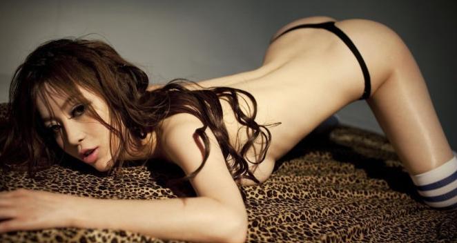 Zhang Xinyu Model Dari Hongkong Yang Berani Bugil