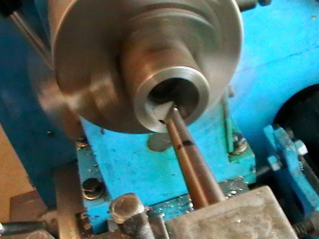 boring collet thread receiver