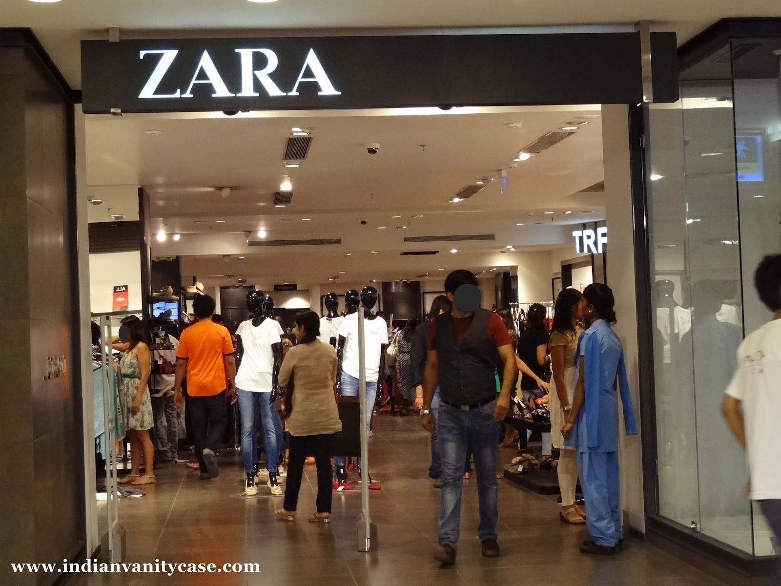 List of 8 Zara department and outlet (factory) stores in California. Use our store locator to find stores in shopping malls and centers near you. Want to grab a discount in sales? Have a look at list of promo codes (coupons) and store hours to save your money.