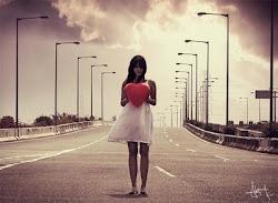 lo meejor de unn corazonn rooto es quee solo puedee rompeerse unaa vez, lo demaas son raasguños