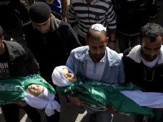 Jenazah bocah Palestina yang tewas diserang Israel (Arsip AFP 2012)