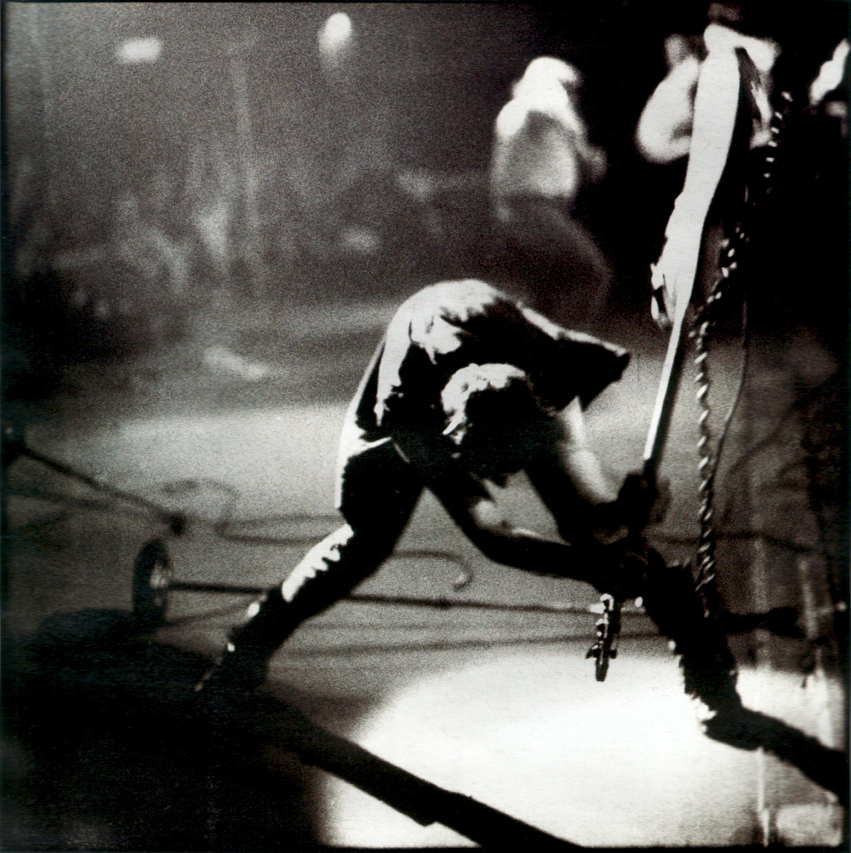 Marco On The Bass: The Story Behind Paul Simonon & His Famous ...