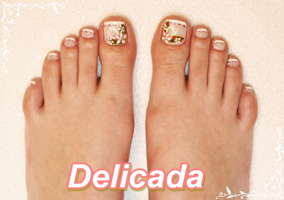Desenhos delicados para unhas dos pés